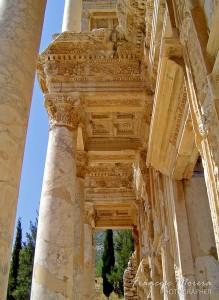 Efeso-Biblioteca_2