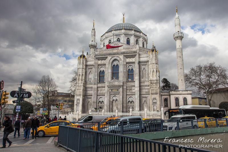 Mezquita de Pervetniyal Sultan Camii