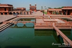 Estanque central de Fatehpur Sikti
