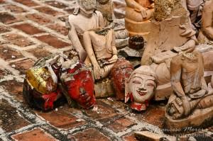 Restos de imagenes de Buda