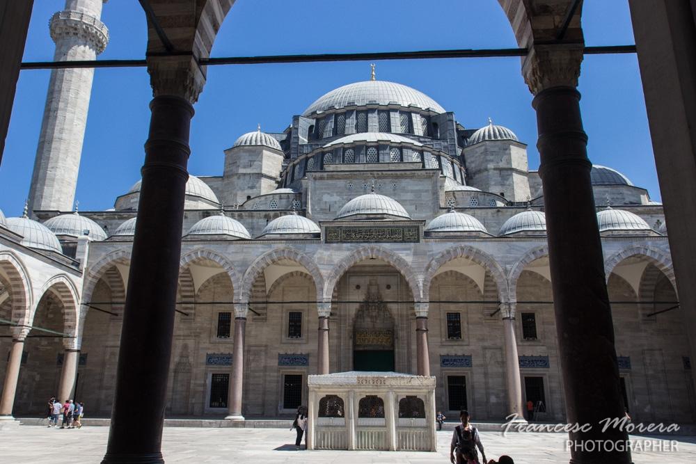 Patio de la Mezquita de Solimán