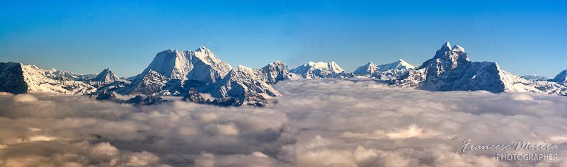 Sobrevolando el Himalaya