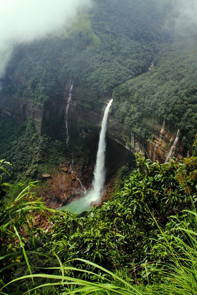 Cascadas de Meghalaya_by travelling man