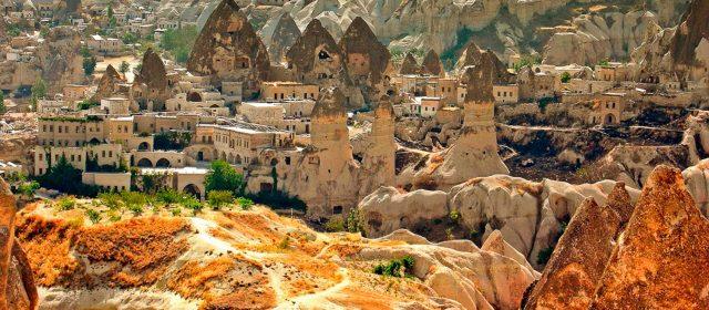"""Capadocia, descubre la """"tierra de los hermosos caballos"""""""