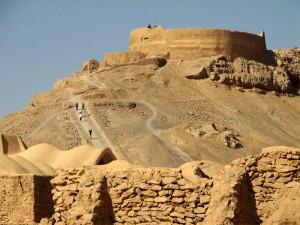 Torres del silencio en Yazd